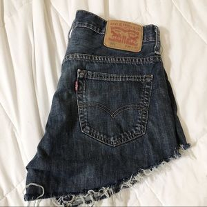 LEVI'S Recycled distressed denim shorts